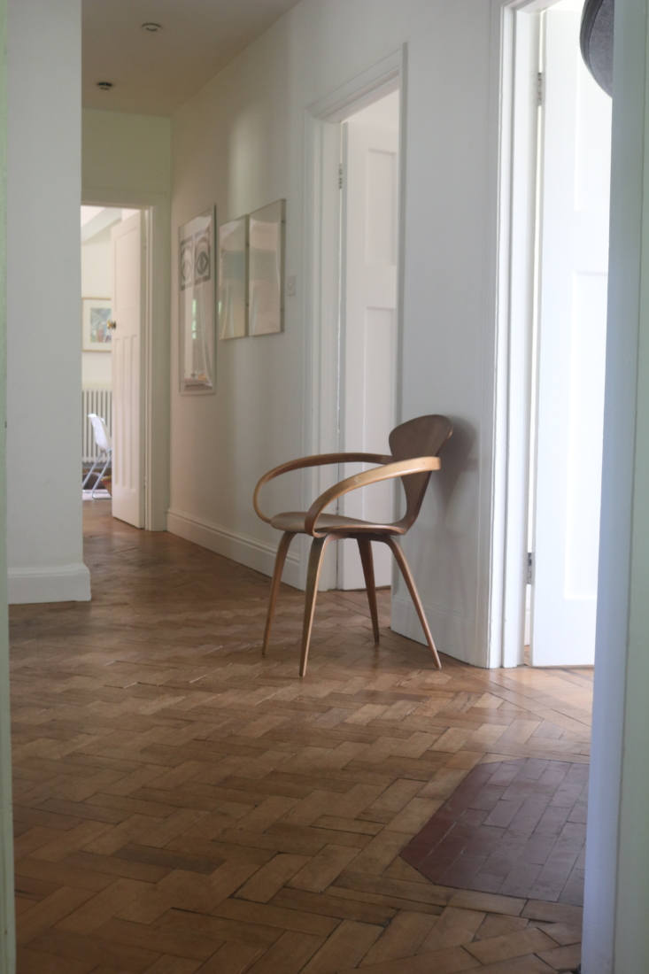 Downstairs hall, Barton Edge sitting room, Winchester, England, Victoria Suffield and Phil Webb.