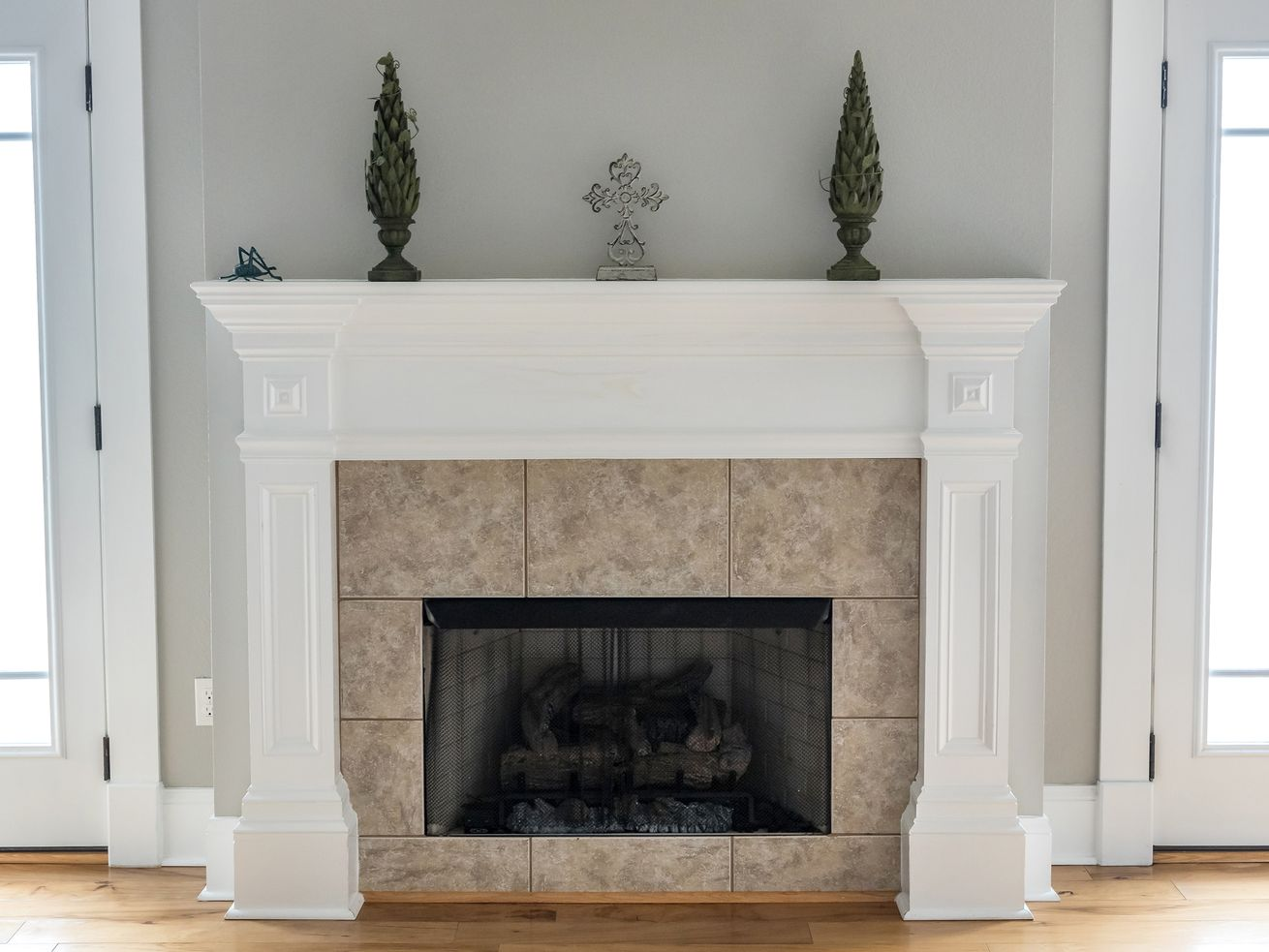 Fireplace with mantel.